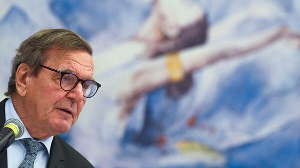 Председатель совета директоров Nord Stream 2 AG Герхард Шредер