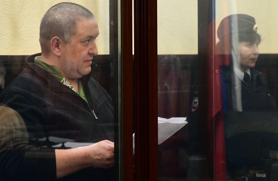 Григорий Терентьев, задержанный по делу о пожаре в торговом центре Зимняя вишня, во время избрания ему меры пресечения в Кемеровском областном суде. 28 мая 2018