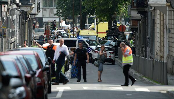 Автомобили экстренных служб на месте стрельбы в городе Льеж, Бельгия. 29 мая 2018