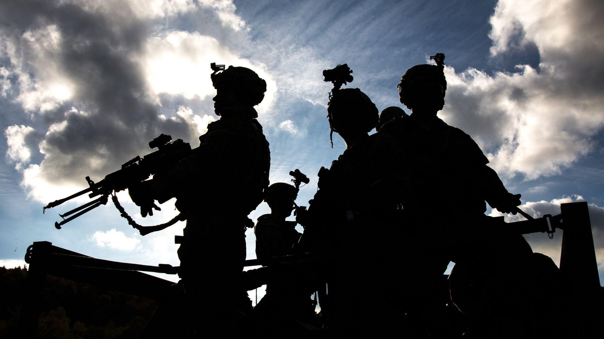Военнослужащие армии США во время совместных учений войск НАТО Swift Response 2017 в Германии. Октябрь 2017 - РИА Новости, 1920, 13.04.2021