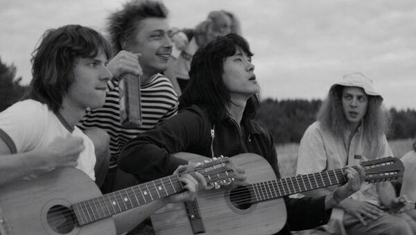 Кадр из фильма Лето