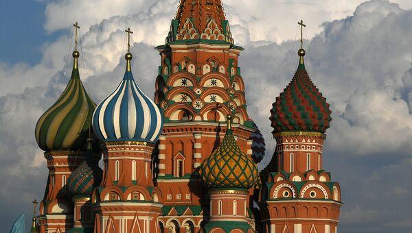 Храм Василия Блаженного на Красной площади в Москве. Архивное фото