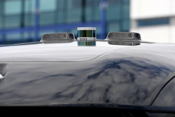 Крыша прототипа беспилотного электробуса ШАТЛ, предоставленного российским производителем грузовых автомобилей КамАЗ, в Казани