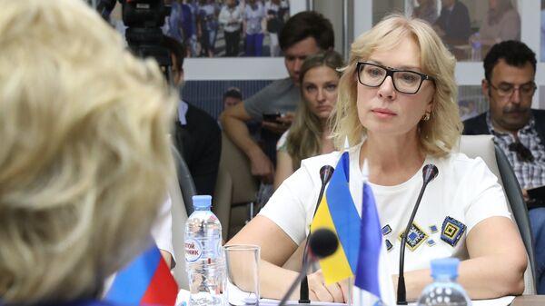 Уполномоченный по правам человека Верховной рады Украины Людмила Денисова во время встречи с Российской коллегой Татьяной Москальковой