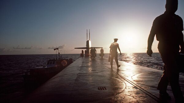 Члены экипажа подводной лодки ВМС США