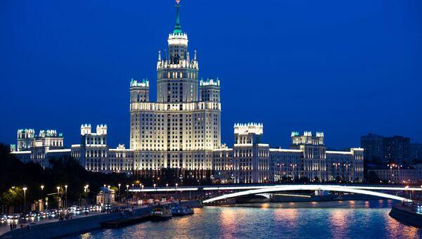 Высотка на Котельнической набережной в Москве. Архивное фото