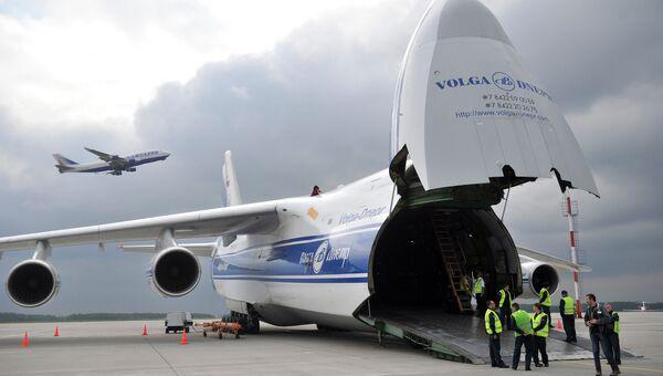 Самолет АН-124-120 Руслан. Архивное фото