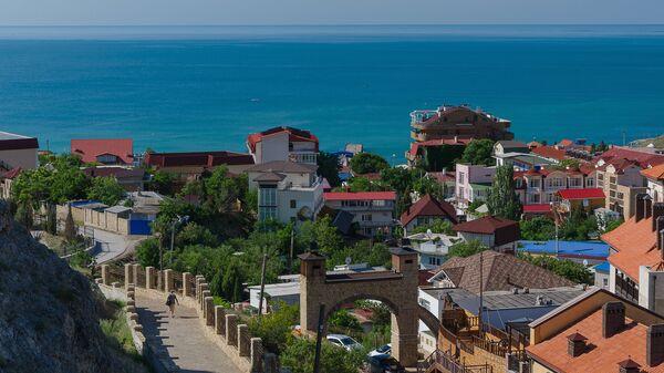 Вид на курортный город Судак