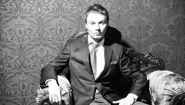 Актер Александр Исаков