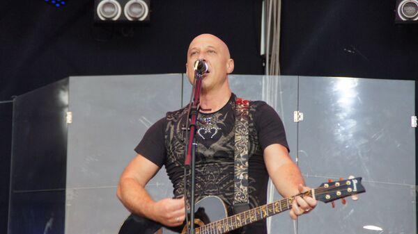 Денис Майданов на концерте в Луганске. 27 июля 2018 год