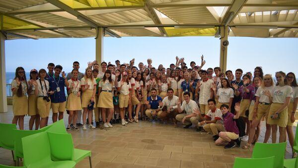 Участники второй Международной ассамблеи детской модели ООН в Артеке