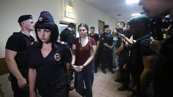 Фигурантка дела Нового величия Анна Павликова в Дорогомиловском суде Москвы