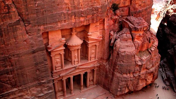 Храм Эль-Хазне в Петре, Иордания