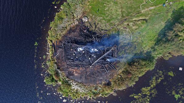 Сгоревшая церковь Успения Божией Матери в Кондопоге. 10 августа 2018