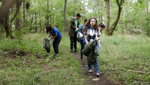 Волонтеры Северного Кавказа убрали мусор в уникальной природной зоне