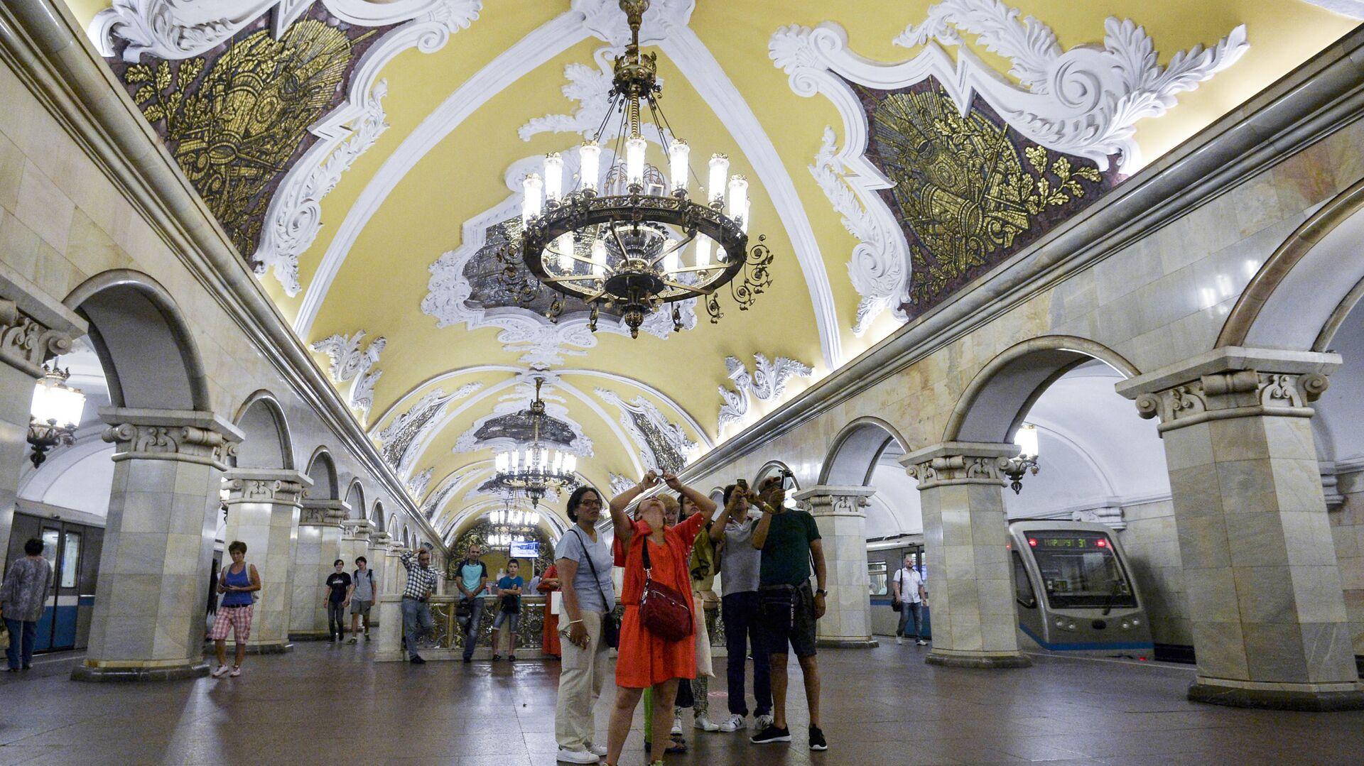 1527043423 0:151:3106:1898 1920x0 80 0 0 b65d43b1ae58f122d33735f73a6f9803 - Власти подсчитали, сколько туристов потеряла Москва из-за пандемии