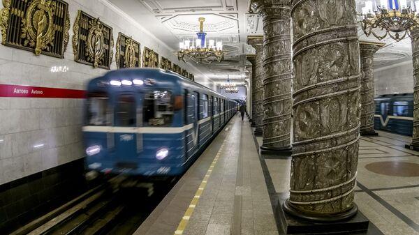 Станция Петербургского метрополитена