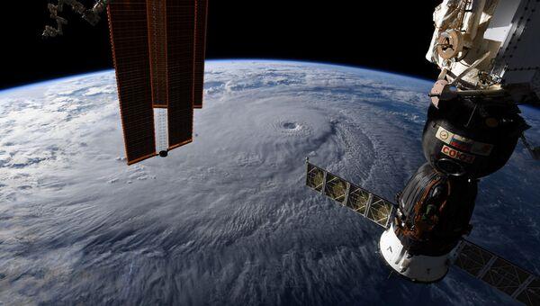 Фотография с Международной космической станции. Архивное фото