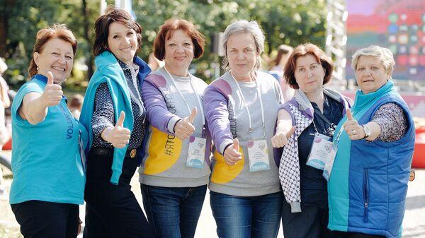 Молоды душой: как в России поддерживают серебряное волонтерство