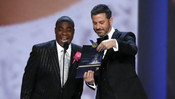 Трейси Морган и Джимми Киммел во время 70-й церемонии вручения награды Primetime Emmy Awards в Лос-Анджелесе