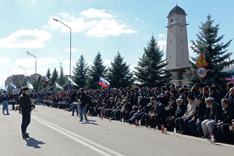 Митинг в Магасе против установления границы с Чеченской Республикой