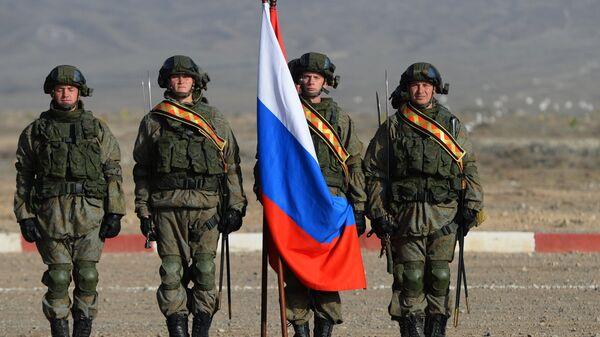 Военнослужащие армии России во время учений ОДКБ Взаимодействие-2018