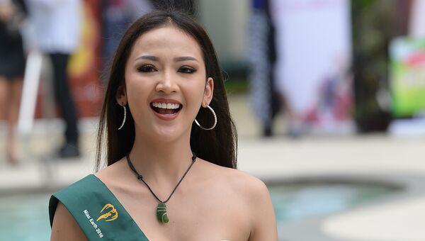 Кандидатка на звание Мисс Земля от Таиланда на фотосессии в Маниле