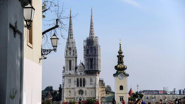 Кафедральный собор на площади Каптоль в Загребе