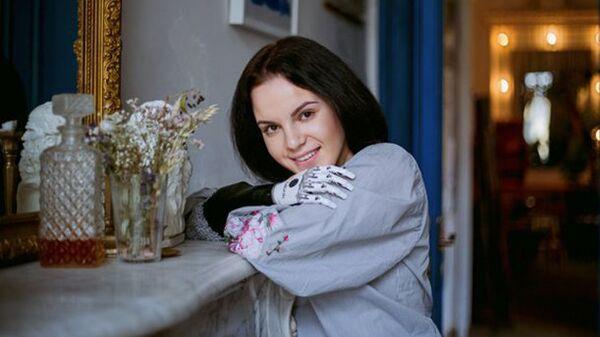 Маргарита Грачева с биопротезом на руке