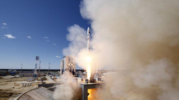 Старт ракеты-носителя Союз-2.1а с космодрома Восточный