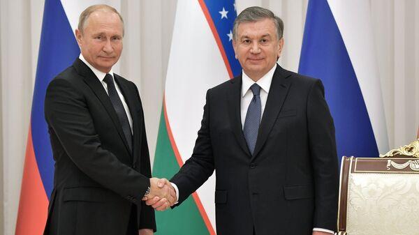 Президент РФ Владимир Путин и президент Узбекистана Шавкат Мирзиеев