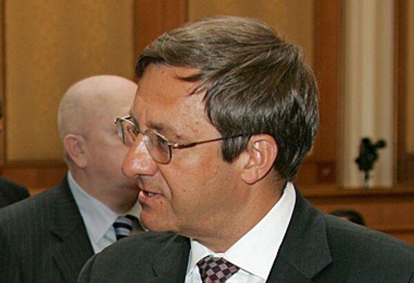 Заместитель мэра Москвы, полномочный представитель мэра в Мосгордуме Валерий Виноградов. Архив