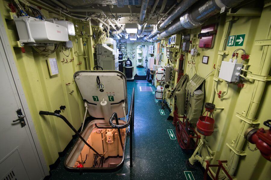 Внутренние отсеки фрегата Адмирал Макаров