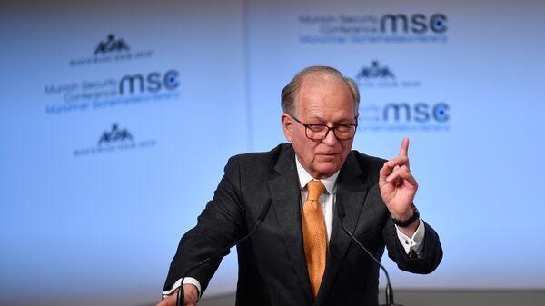 Председатель ежегодной Мюнхенской международной конференции по безопасности Вольфганг Ишингер на 53-й МКБ. 2017