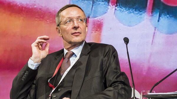 Исполнительный директор Восточного комитета немецкой экономики Михаэль Хармс на XI Евразийском экономическом форуме в Вероне. 25 октября 2018