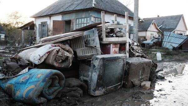 Последствия наводнения в станице Кабардинская. 28 октября 2018
