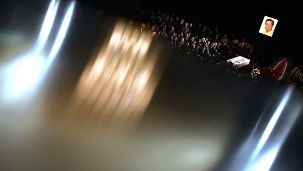 На церемонии прощания с актером театра и кино Николаем Караченцовым в театре Ленком. 29 октября 2018