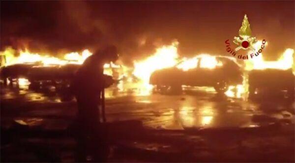 Пожар в итальянском порту Савона. Архивное фото