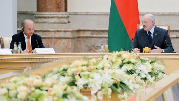 Президент Беларуссии Александр Лукашенко на заседании основной группы Мюнхенской конференции по безопасности в Минске. 31 октября 2018