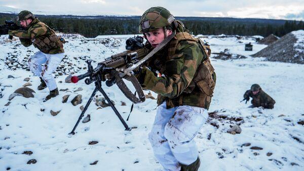 Военнослужащие Вооруженных сил Норвегии во время совместных учений НАТО Trident Juncture 2018 (Единый трезубец)