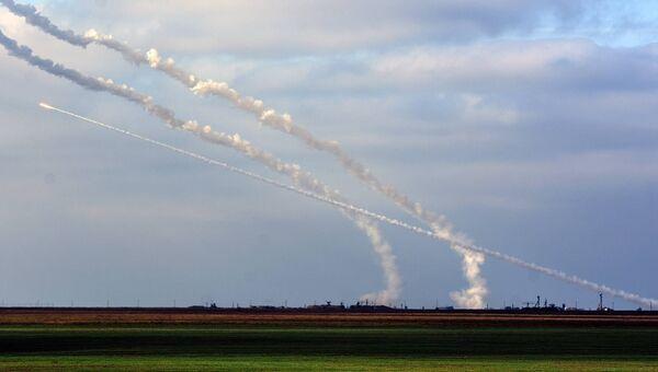 Ракетные стрельбы в Херсонской области Украины. Архивное фото