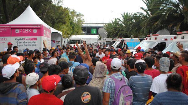 В Мексике не планируют принимать план по сдерживанию караванов мигрантов
