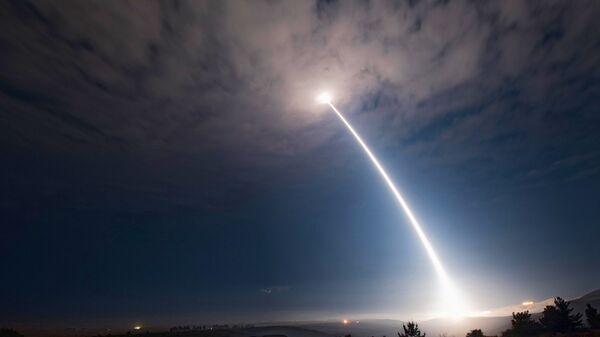 Пуск невооруженной ракеты Minuteman 3 на военной базе ВВС США Ванденберг