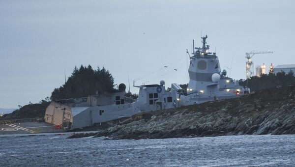 Столкновение норвежского фрегата KNM Helge Ingstad с танкером Sola TS. 8 ноября 2018