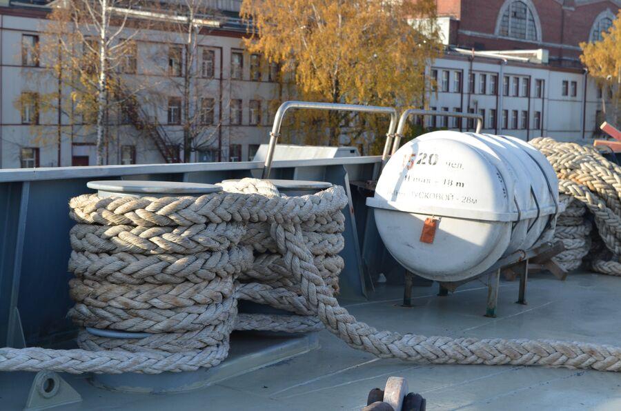 На палубе фрегата «Адмирал флота Касатонов».
