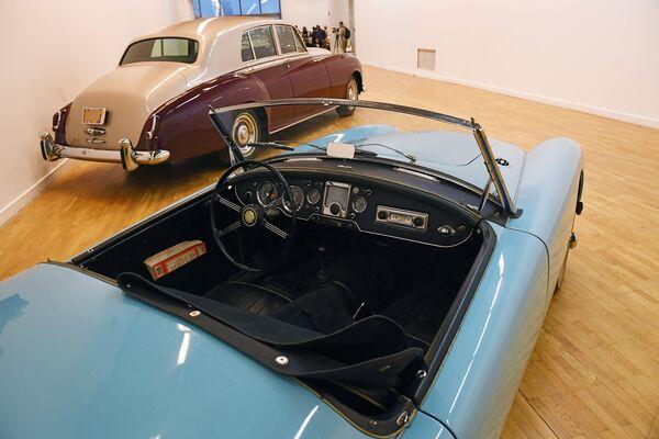 Родстер MGA 1600 Mark II на выставке Редкие автомобили в ЦДХ