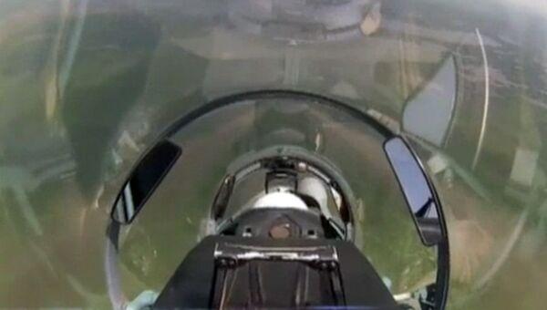 Снимок экрана видео летно-тактических учений экипажей штурмового авиаполка в небе над Крымом и Кубанью. 9 ноября 2018