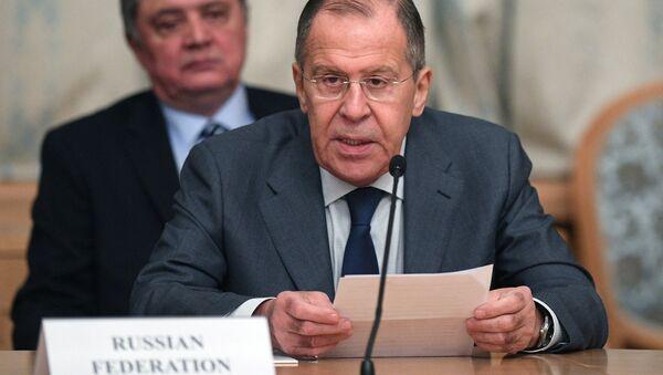 Министр иностранных дел РФ Сергей Лавров выступает на втором заседании Московского формата консультаций по Афганистану. 9 ноября 2018
