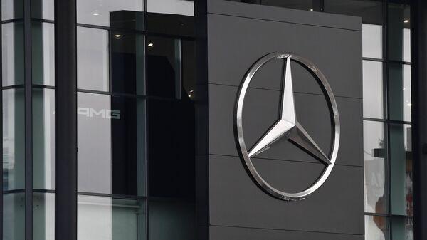 Автосалон по продаже автомобилей марки Mercedes-Benz