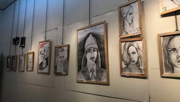 Художественная выставка заключенных сирийской тюрьмы в Дамаске